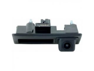 Камера заднего вида Incar VDC-065 для VW Touareg 11+, B7, Tiguan 8+, Jetta 11+, Audi A4, A5, Q3, Q5 в ручку