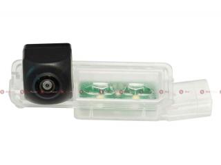 Камера заднего вида RedPower VW146P Premium для Volkswagen Golf 6 (2008-12), Passat (2011)